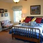 ENERGY-STAR-SIP-House-Weatherford-TX-bedroomIMG_8936.JPG