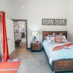 Knight-Residence-Bedroom-4.jpg