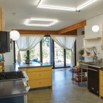 Modern-SIP-House-Seattle-WA-Insulspan-Seattle_Residence_int-dining-kit-out.jpg