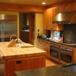 Net-Zero-SIP-House-Yarrow-Point-WA-5-kitchen.JPG