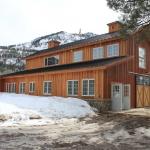 SIP-Barn-Durango-CO-exterior-side.jpg