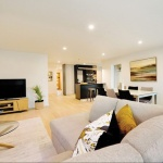 SIP-House-Mosgiel-New-Zealand-4_Insulspan-Mosgiel_Residence_family-room.jpg