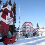 Santa-Claus-SIP-House-North-Pole-AK-Front-entrance-snow.jpg