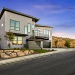Sloped-Roof-SIP-House-Boise-ID-Highland-BEA2021-Exterior-2.jpg